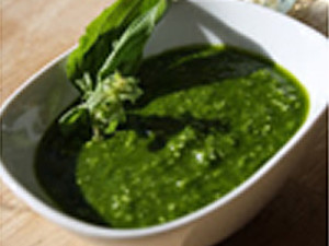 Spinach & Basil Pesto With Cobrancosa EVOO